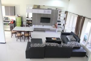 ruang keluarga yang cantik dan nyaman