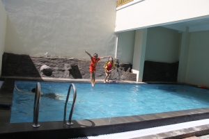 swimming pool! yipeeee...!!!