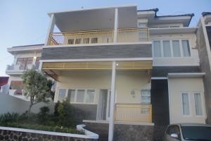 villa hanyomi batu